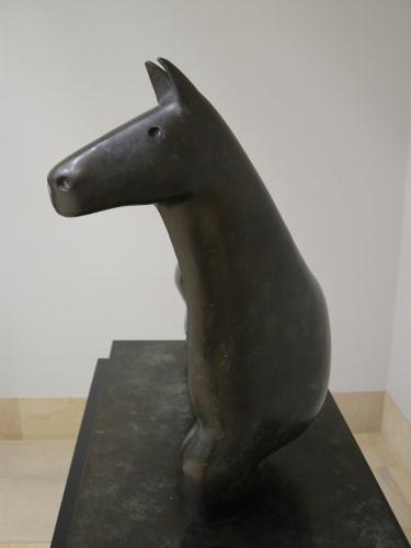 003ヘンリー・ムーアの馬.JPG